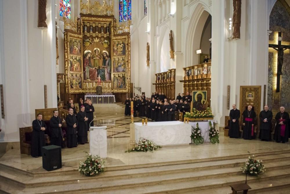 2018.04.18_-_Pielgrzymka_seminariów_Jasna_Gora_04